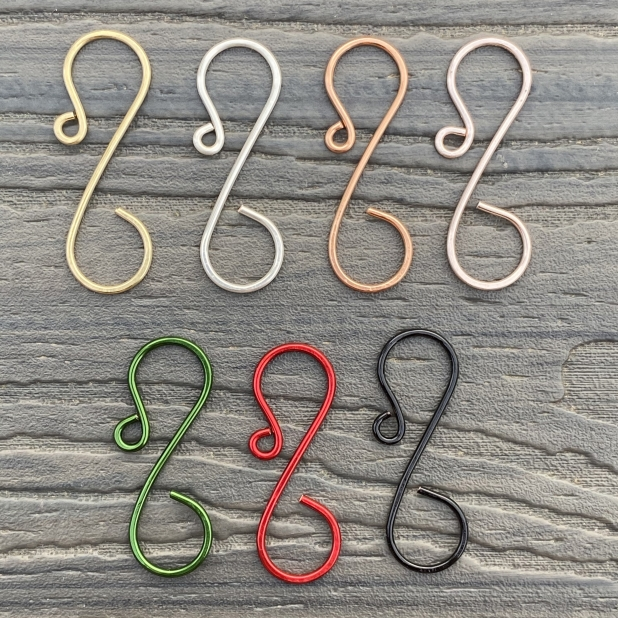 Mid-size simple ornament hooks, color sample.