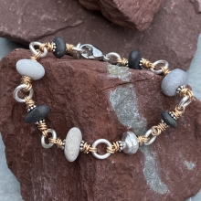 Pebble bracelet, photo 1